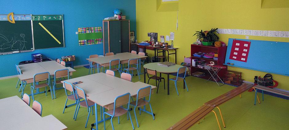 01700 - Miribel - Centre Scolaire Saint-Joseph, Ecole