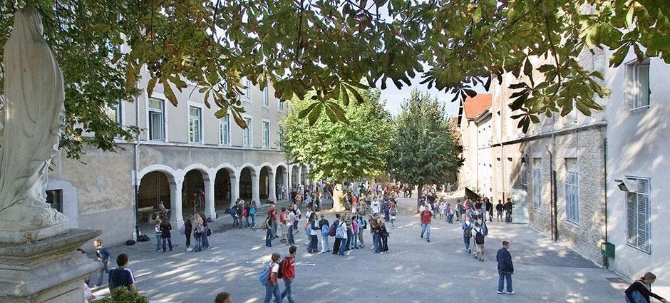 01000 - Bourg-en-Bresse - Collège Privé Saint-Pierre