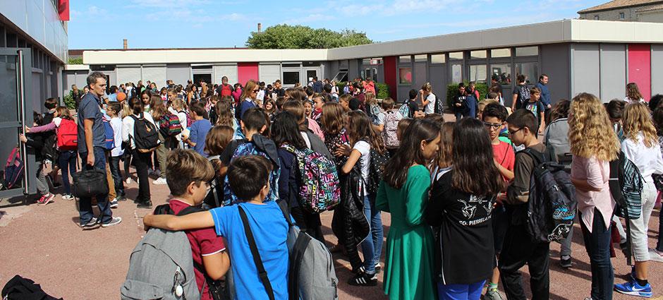 07700 - Bourg-Saint-Andéol - Ensemble Scolaire Marie Rivier, Collège