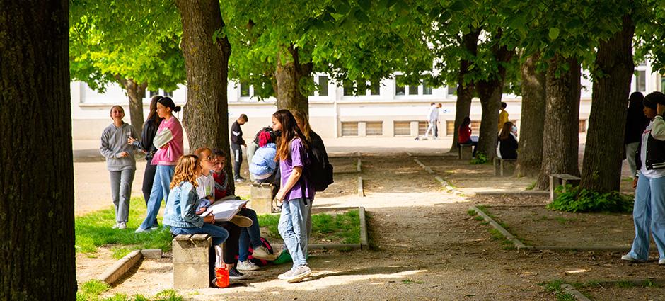 10000 - Troyes - Collège Privé Saint-Pierre en l'Isle