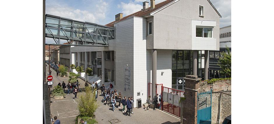 10000 - Troyes - Lycée La Salle, Groupe Saint-Joseph La Salle Troyes
