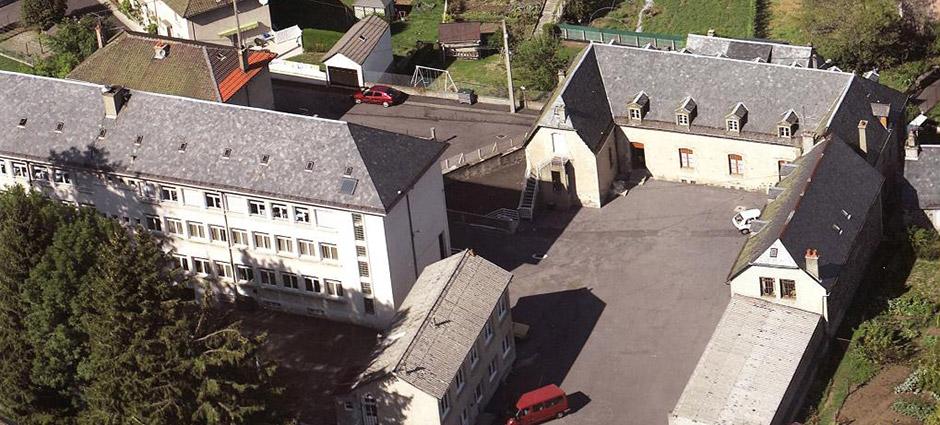 15400 - Riom-ès-Montagnes - Collège Privé Mixte Sacré-Cœur