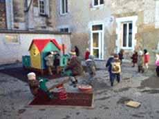 16700 - Ruffec - École Maternelle et Primaire Privée Sacré-Cœur
