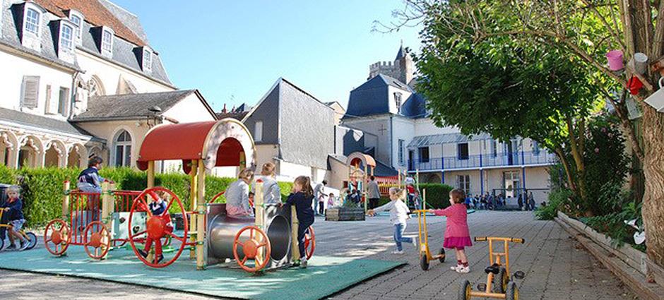 18020 - Bourges - Lycée Sainte-Marie - Ensemble Scolaire Bourges Centre