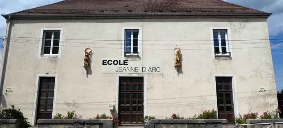25270 - Levier - Ecole Privée Sainte-Jeanne d'Arc