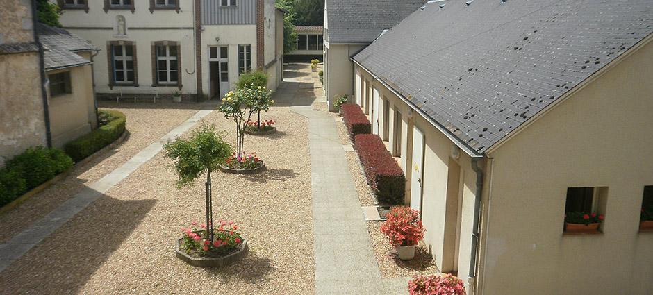 28130 - Maintenon - Lycée Professionnel Françoise d'Aubigné