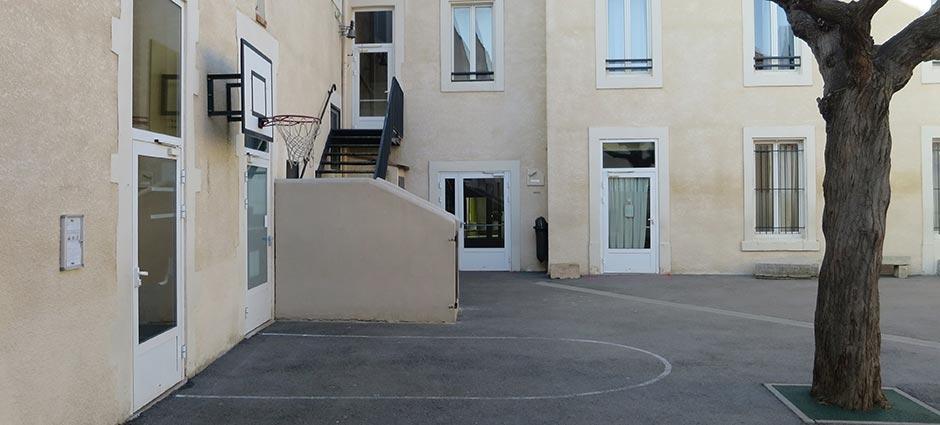 30800 - Saint-Gilles - École Privée Li Cigaloun