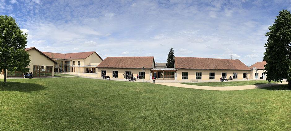 38870 - Saint-Siméon-de-Bressieux - Lycée d'Enseignement Agricole Privé Saint-Exupéry