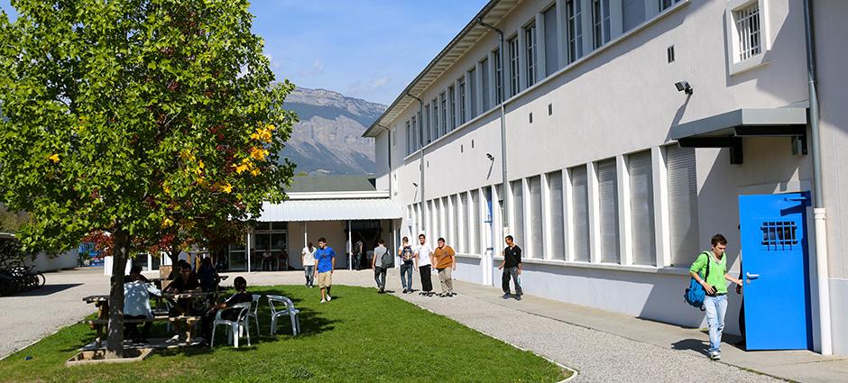 38028 - Grenoble - Lycée Polyvalent Supérieur Pierre Termier