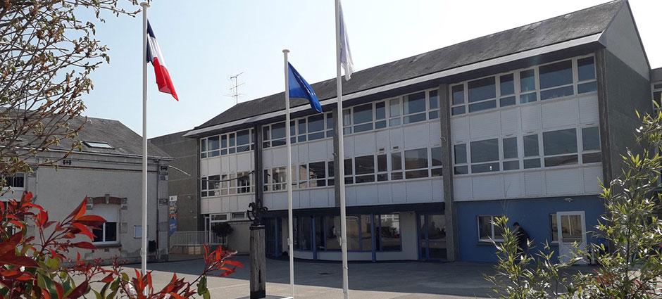 41100 - Vendôme - Internat du Groupe Scolaire Saint-Joseph
