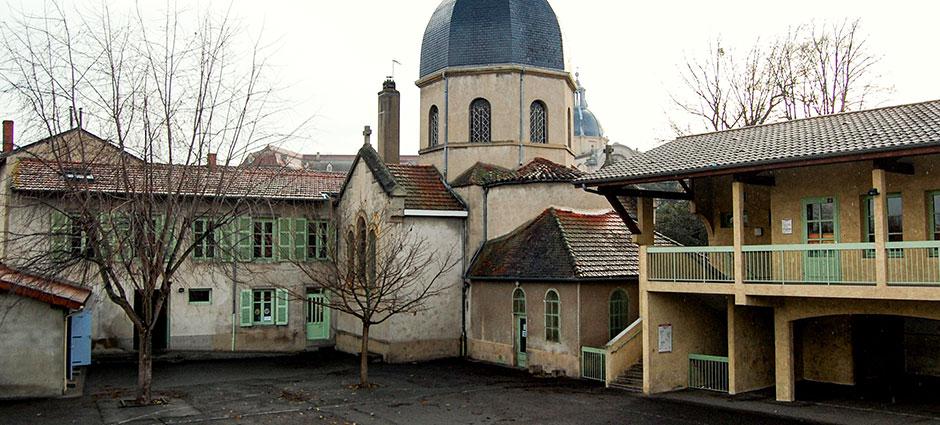 42603 - Montbrison - École Elémentaire Saint-Charles, Ensemble Scolaire Saint Aubrin