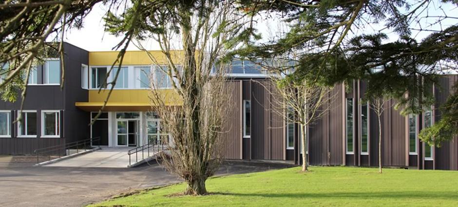44800 - Saint-Herblain - Lycée Professionnel Privé de Coiffure Pierre Masson, Lycée des Métiers de la Coiffure