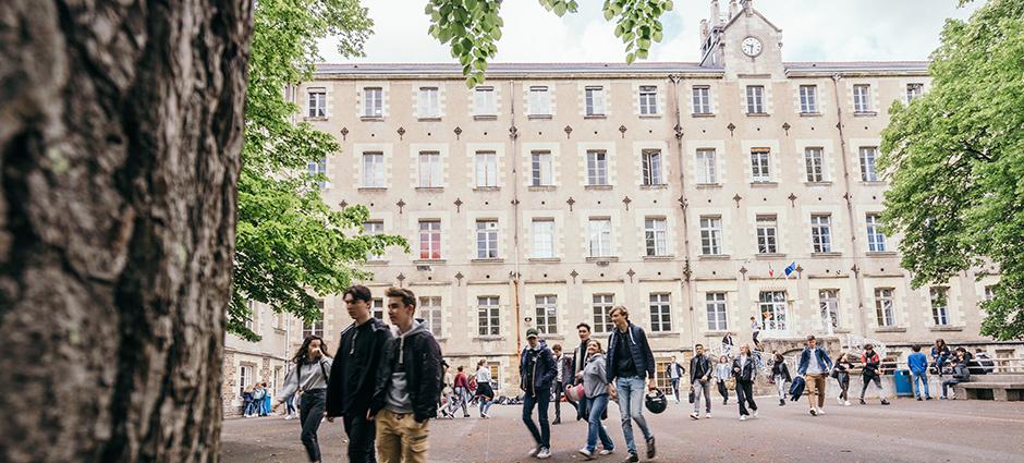 44009 - Nantes - Lycée Privé Saint-Stanislas