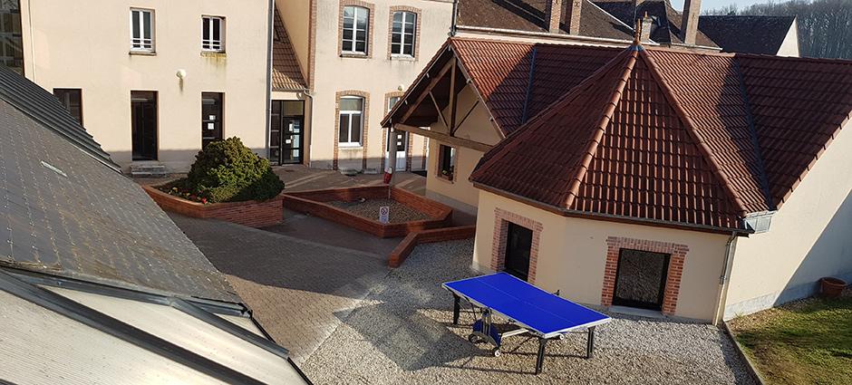 45230 - Sainte-Geneviève-des-Bois - Maison Familiale Rurale, Antenne du CFA Régional MFR du Centre