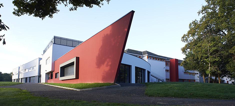 49481 - Verrières-en-Anjou - Lycée Technologique et Professionnel Saint-Aubin La Salle