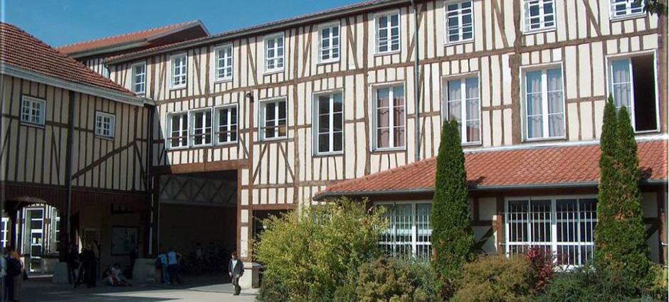 51038 - Châlons-en-Champagne - Collège Privé Notre-Dame Perrier