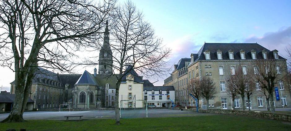 56400 - Sainte-Anne-d'Auray - Groupe Scolaire Sainte Anne - Saint Louis - Collège Sainte Anne
