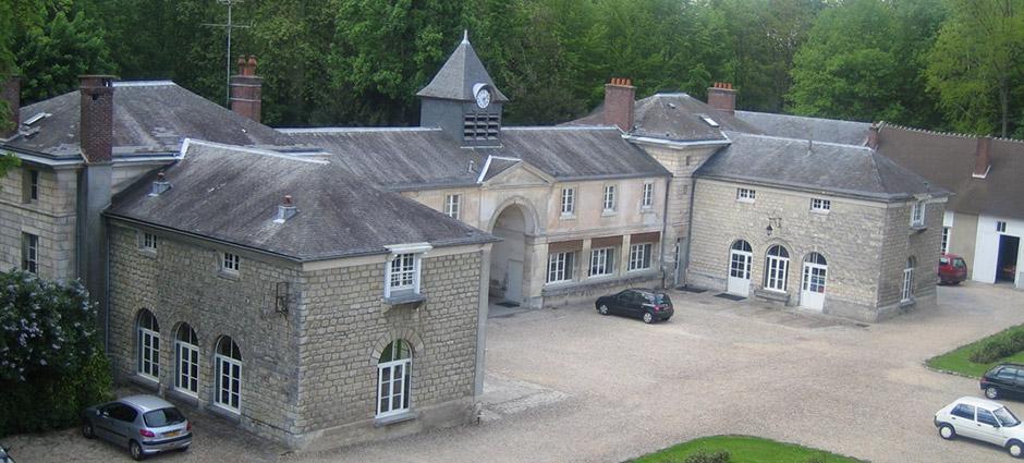 60128 - Mortefontaine - Lycée Privé Saint-Dominique