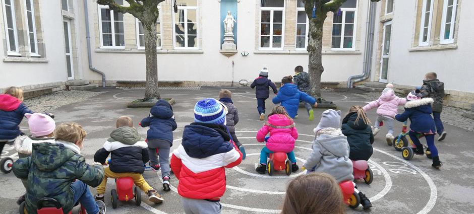 70100 - Gray - École Privée Saint-Pierre Fourier