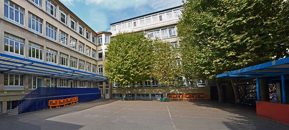 75018 - Paris 18 - École Privée Sainte-Marie - Groupe Scolaire La Madone