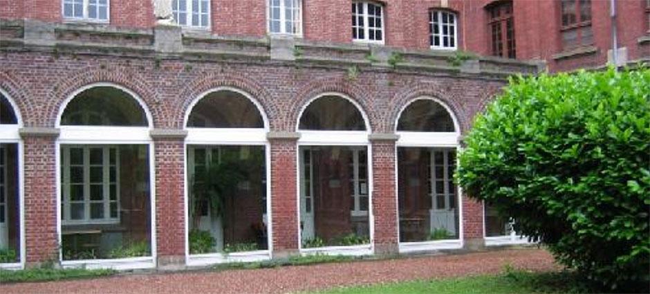 80017 - Amiens - Lycée Privé Sainte Famille