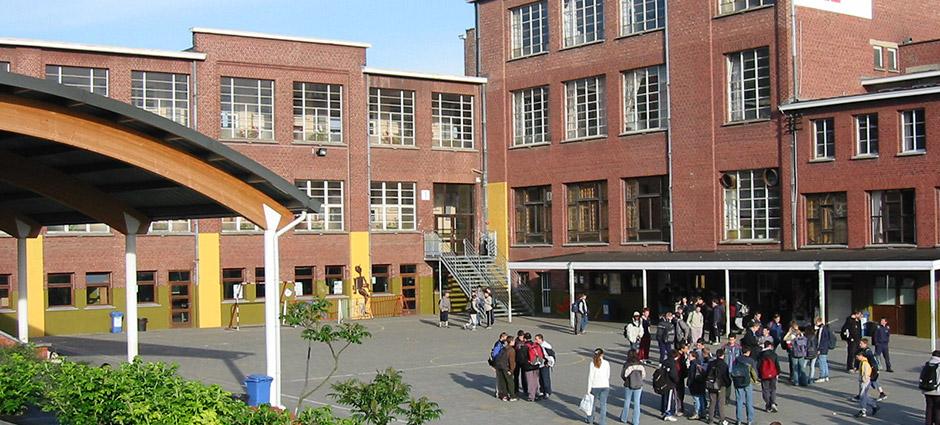 B7700 - Mouscron - Collège Technique Saint Henri