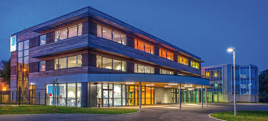 14440 - Douvres-la-Délivrande - Lycée Cours Notre-Dame - Notre Dame de Nazareth