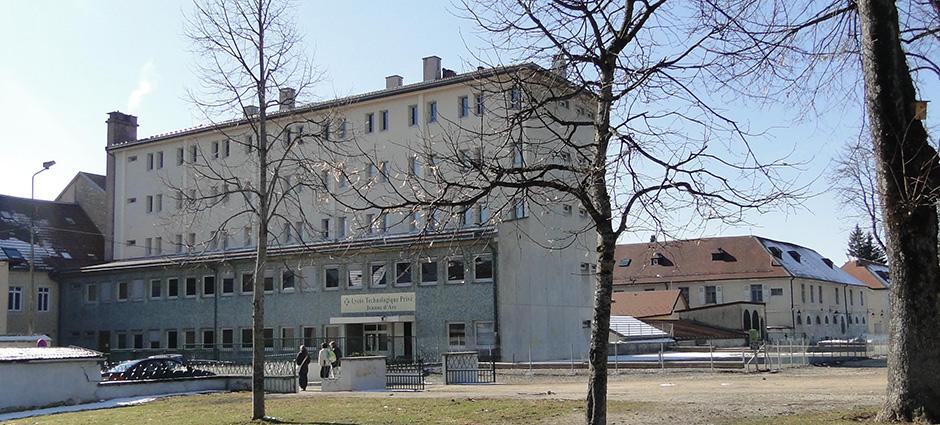 25300 - Pontarlier - Collège privé Jeanne d'Arc