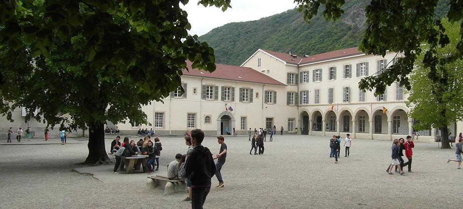 38700 - Corenc - Collège Privé Europe Le Rondeau Montfleury