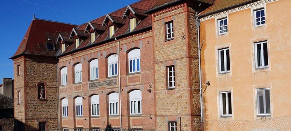 42430 - Saint-Just-en-Chevalet - Internat du Collège Sainte-Camille
