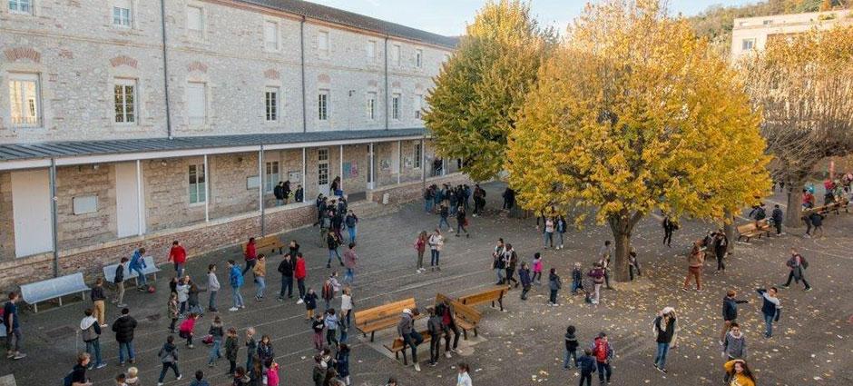 47000 - Agen - Collège Privé Adèle de Trenquelléon