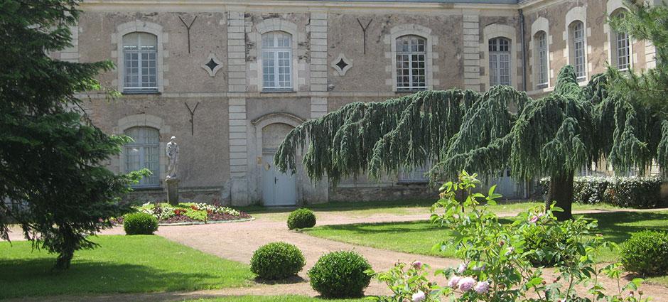 49136 - Les Ponts-de-Cé - Campus de Pouillé