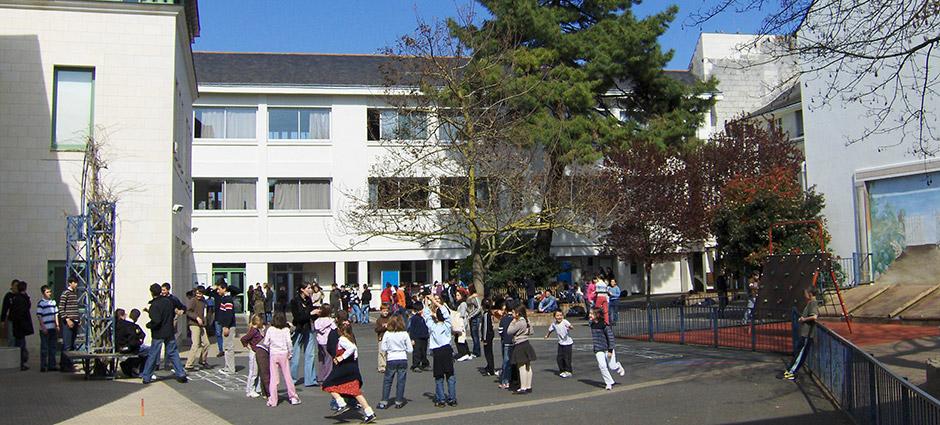 49413 - Saumur - Ecole Privée Saint-André