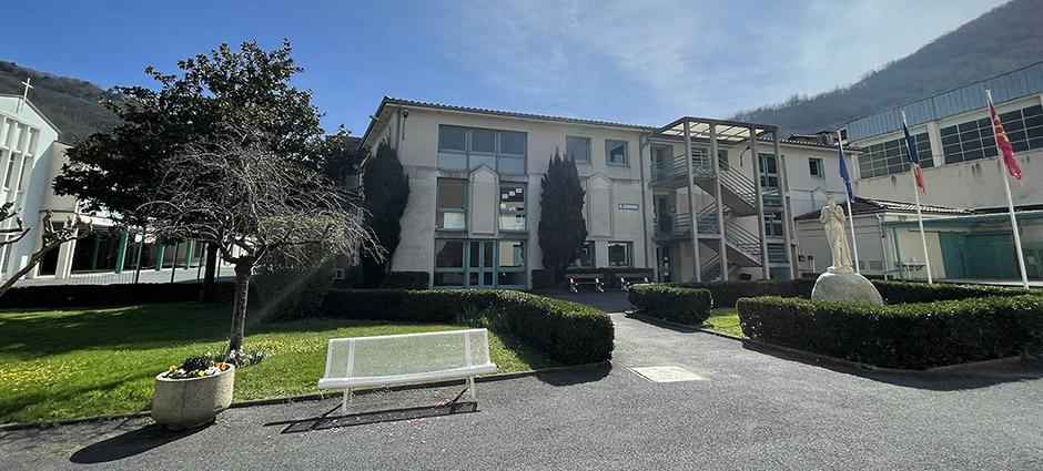 81200 - Mazamet - Lycée Technologique Privé Jeanne d'Arc