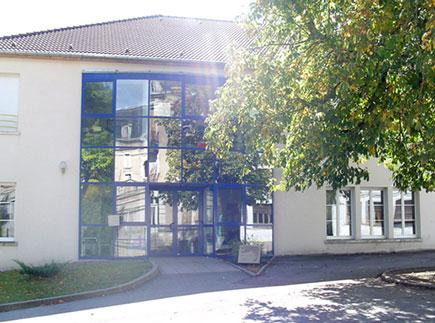 88320 - Martigny-les-Bains - Internat de l'Ensemble Scolaire Saint-Clément
