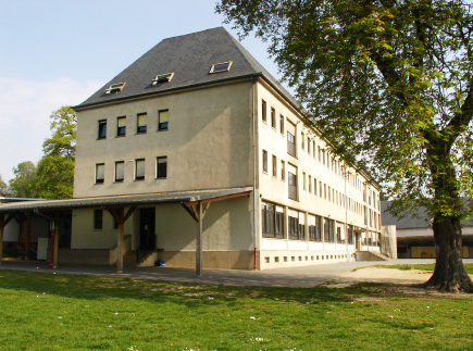 91140 - Villebon-sur-Yvette - Internat du Lycée Privé Ile-de-France