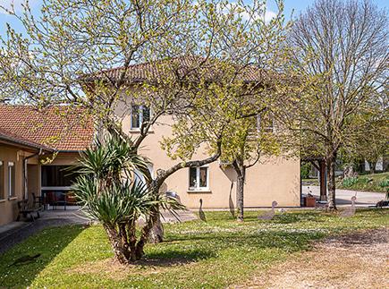 Etablissement d'Hébergement pour Personnes Agées Dépendantes - 01310 - Curtafond - Korian Home de Cortefredone