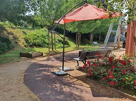 Etablissement d'Hébergement pour Personnes Agées Dépendantes - 01480 - Jassans-Riottier - EHPAD La Rose des Vents (Groupe ACPPA)