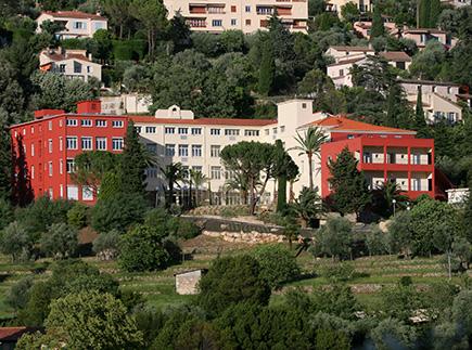 Etablissement d'Hébergement pour Personnes Agées Dépendantes - 06130 - Grasse - EHPAD Résidence Les Jardins de Grasse