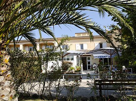 Etablissement d'Hébergement pour Personnes Agées Dépendantes - 06330 - Roquefort-les-Pins - Dolcéa EHPAD La Résidence du Golf
