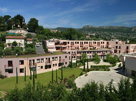 Etablissement d'Hébergement pour Personnes Agées Dépendantes - 06140 - Vence - EHPAD Résidence La Bastide des Cayrons