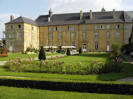 Etablissement d'Hébergement pour Personnes Agées Dépendantes - 08210 - Mouzon - EHPAD Maison de Retraite de l'Abbaye