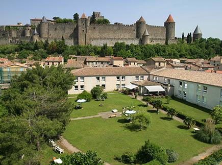 Etablissement d'Hébergement pour Personnes Agées Dépendantes - 11000 - Carcassonne - EHPAD Résidence Carmableu