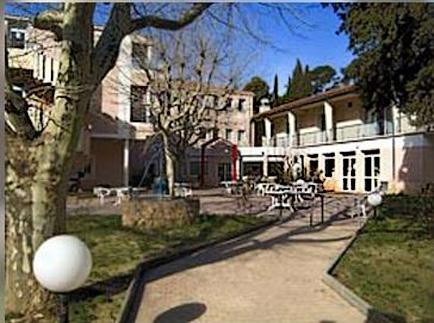 Etablissement d'Hébergement pour Personnes Agées Dépendantes - 13400 - Aubagne - EHPAD Castel Roseraie