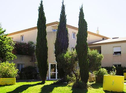 Etablissement d'Hébergement pour Personnes Agées Dépendantes - 13130 - Berre-l'Étang - EHPAD et Résidence Autonomie Les Jardins de Maurin