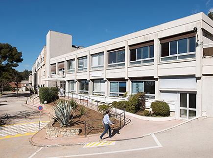 Centre de Soins de Suite - Réadaptation Spécialisé - 13600 - Ceyreste - Korian - Clinique Les Palmiers