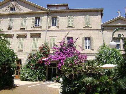Etablissement d'Hébergement pour Personnes Agées Dépendantes - 13008 - Marseille 08 - EHPAD Résidence Jeanne d'Arc