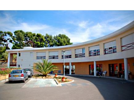 Etablissement d'Hébergement pour Personnes Agées Dépendantes - 13380 - Plan-de-Cuques - EHPAD Résidence Chevillon