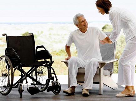 Services d'Aide et de Maintien à Domicile - 13500 - Martigues - Home Services Agence du Pays de Martigues et Istres