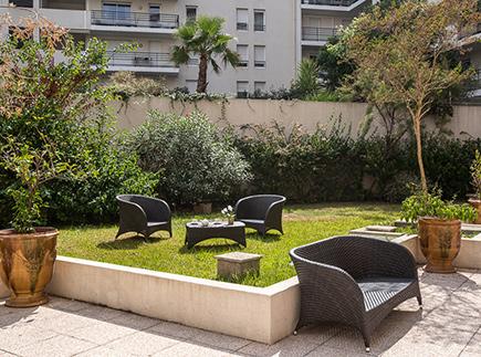 Etablissement d'Hébergement pour Personnes Agées Dépendantes - 13008 - Marseille 08 - Korian Les Parents